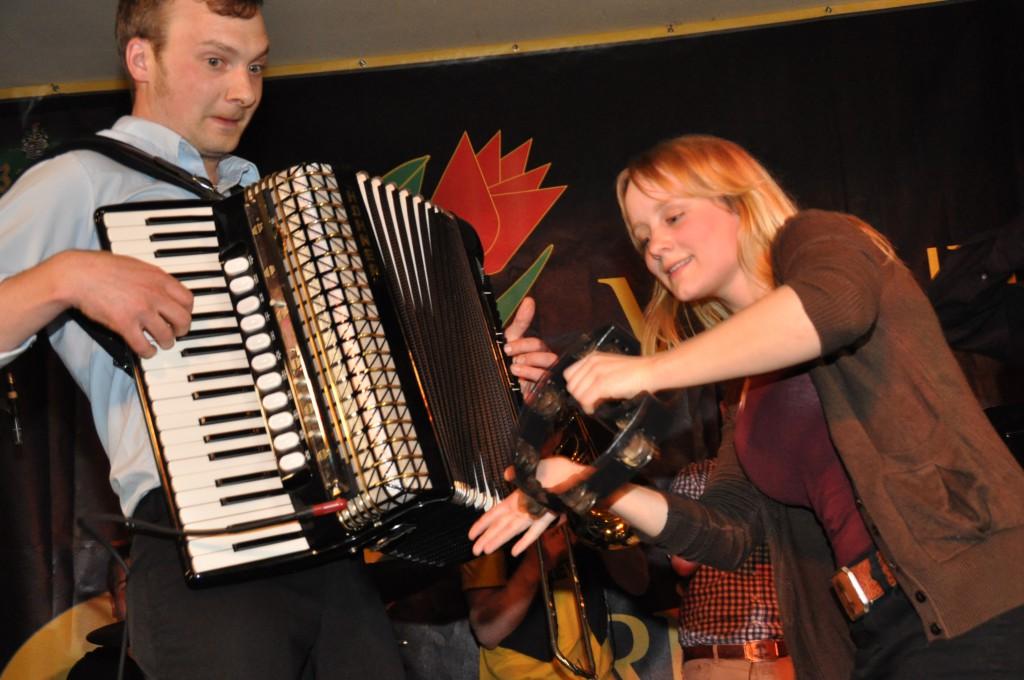16. Folkfrühling 2014 Venne Cristal Pasture Live bei Linnenschmidt